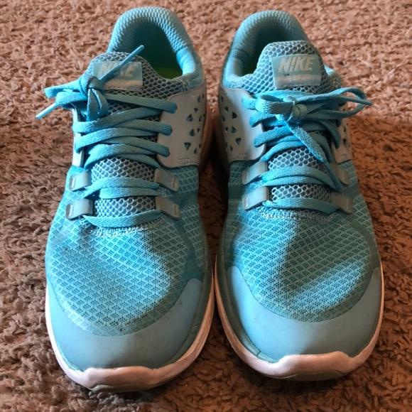 Womens Light Blue Nike Tennis Shoes